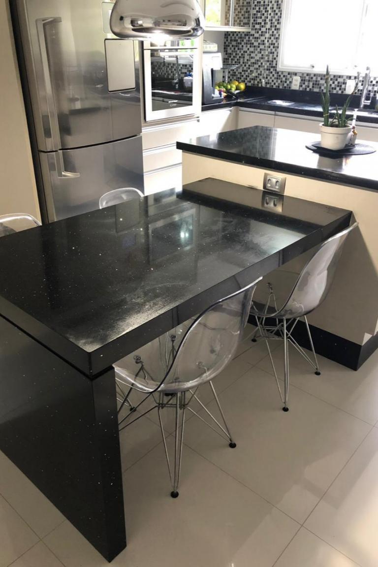 Balcão e mesa em granito preto São Gabriel